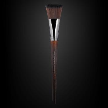 Flat Blush Brush